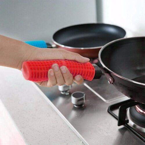 Värmeskydd i silikon till handtag stekpanna