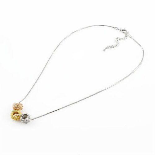 """Halsband lång """"snake chain"""" med tre hängen i olika färger"""