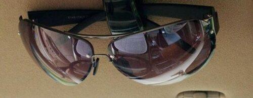 Glasögonhållare / Clip till bilen