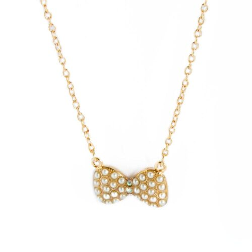 """Halsband i guld med liten pärlklädd """"fluga"""""""