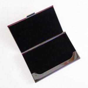 Rutmönstrad korthållare i konstläder - Olika färger