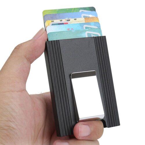 Korthållare och money clip i metall