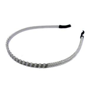 Diadem med pärlor och strass