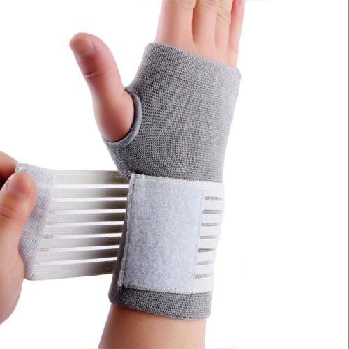 Stabilt handledsskydd med kardborre